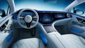メルセデス「EQS」の運転席