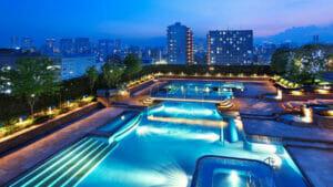 ホテルイースト21東京のガーデンプール